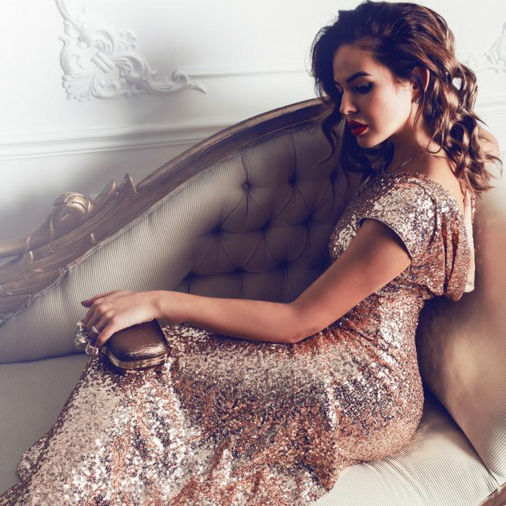 У Львов не так и много требований к одежде и аксессуарам — они должны быть роскошными и дорогими, ну и, конечно, от известного бренда