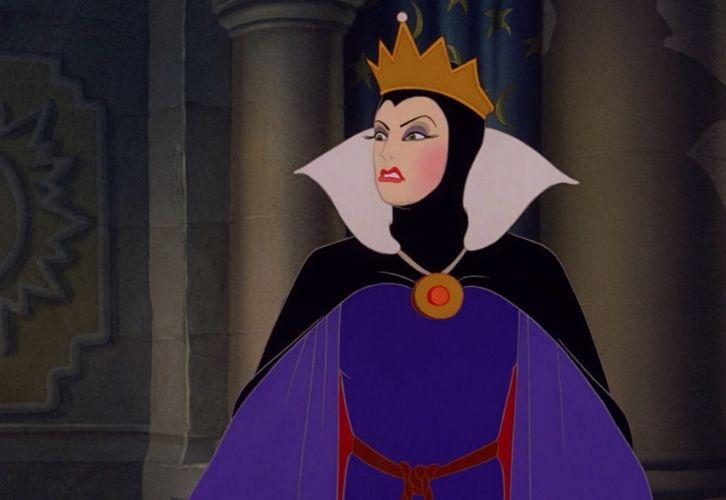 """Львица ведет себя точно так, как злая королева из """"Спящей красавицы"""", которая претендовала на звание первой красавицы. Она не хочет быть стервой, ведь это так неблагородно, но разве по-другому в этом жестоком мире можно. Вот и приходится ей быть стервозной, но аккуратно, чтобы никто за лапку не поймал. А кто поймает, тому Львица гордо скажет: """"Что дозволено Юпитеру, не дозволено быку""""."""