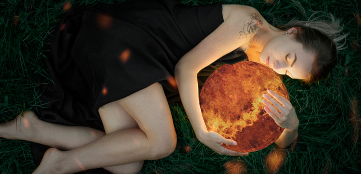 Венера в гороскопе у женщины. За что отвечает эта планета?