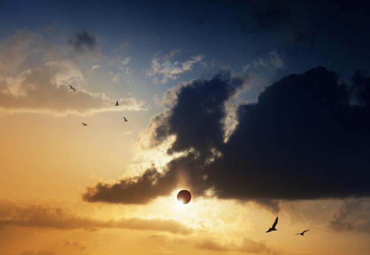 солнечое затмение