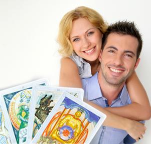Прогноз отношений пары с помощью карт Таро и рун: ответ на 3 вопроса
