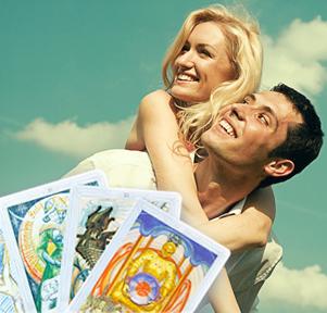 Расклад на картах Таро на отношение любимого человека к Вам